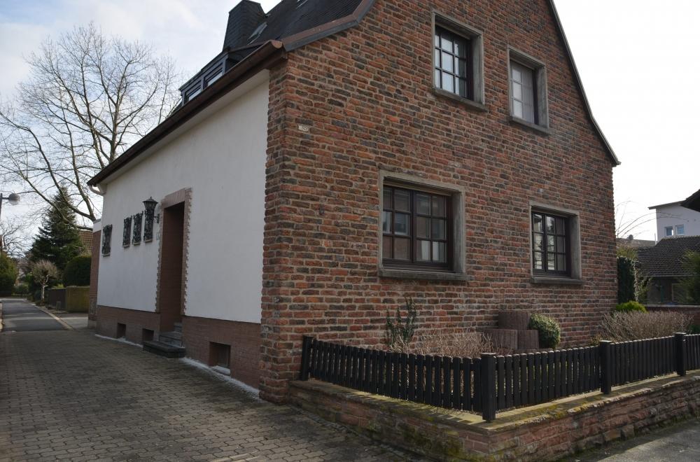 Kategorien Haeuser Freistehendes Einfamilienhaus Garage In Super